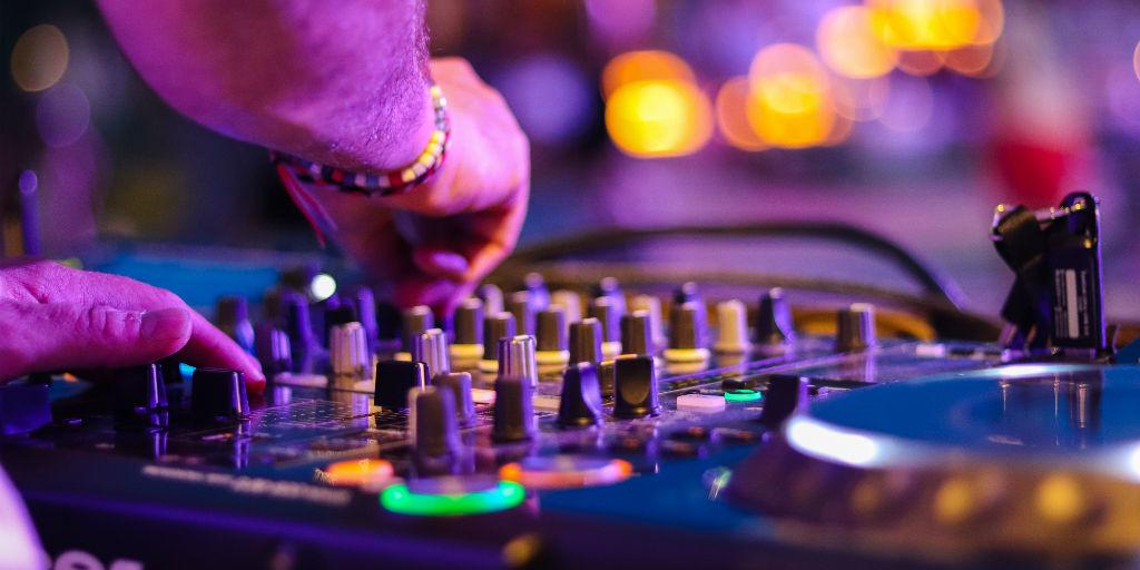 DJ Decks
